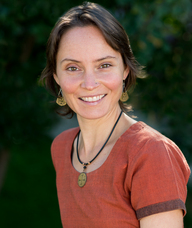 Book an Appointment with Dr. Ellissa Crete for Chinese Medicine Practitioner