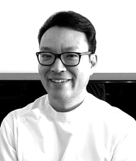 Book an Appointment with Woong (Mike) Park for Traditional Chinese Medicine